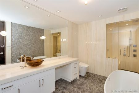17749 Collins Ave #1101 photo09