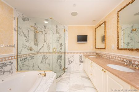 10225 Collins Ave #203 photo012