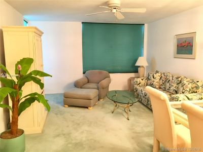 2899 Collins Ave #1247 photo08