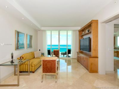 16051 Collins Ave #702 photo013