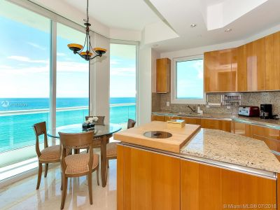 16051 Collins Ave #702 photo020