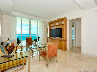 16051 Collins Ave #702 photo09