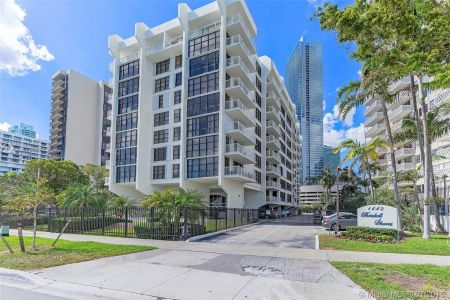 1440 Brickell Bay Dr #607 photo05