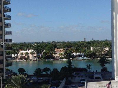 Arlen Beach #309 - 5701 Collins Ave #309, Miami Beach, FL 33140