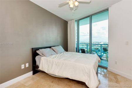 350 S Miami Ave #2213 photo013