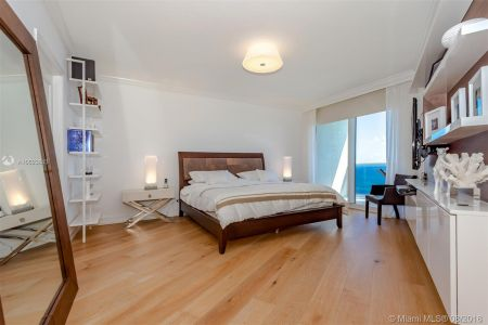 19111 Collins Ave #2907 photo013
