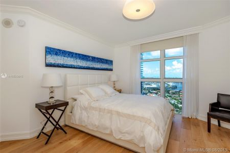 19111 Collins Ave #2907 photo020