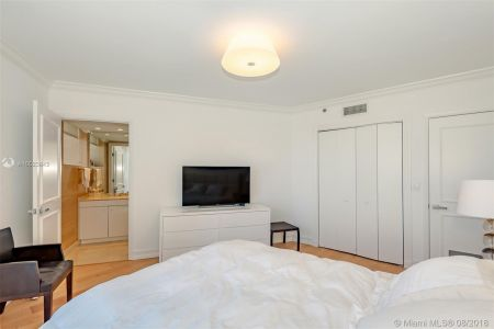 19111 Collins Ave #2907 photo021