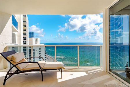 19111 Collins Ave #2907 photo023