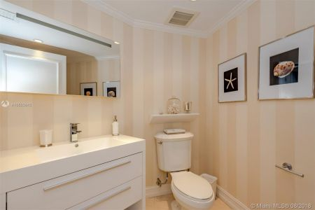 19111 Collins Ave #2907 photo027