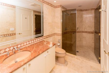 10225 Collins Ave #804 photo020