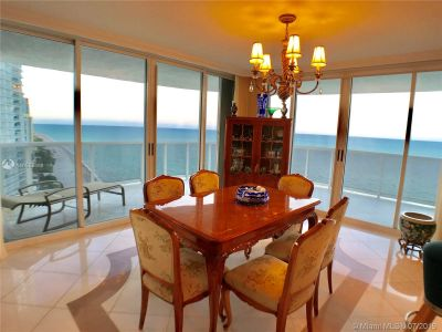 16711 Collins Ave #2508 photo04