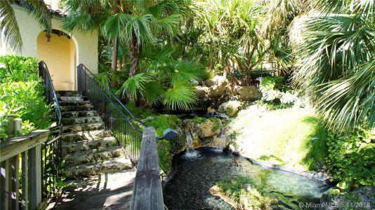 Santa Maria - 1643 Brickell Ave, Miami, FL 33129