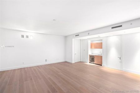 19575 Collins Ave #29 photo09