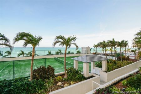 19111 Collins Ave #201 photo020