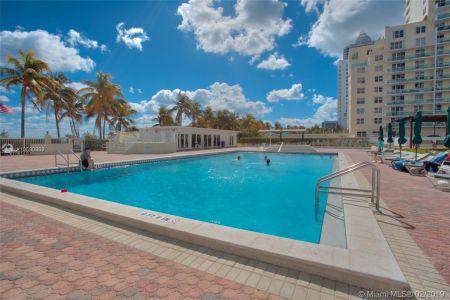 Carriage Club North Tower #1402 - 5005 Collins Ave #1402, Miami Beach, FL 33140