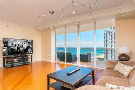 18911 Collins Ave #1603 photo02