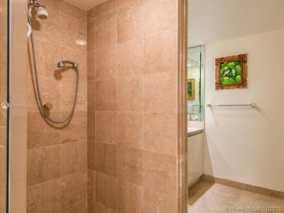 2127 Brickell Ave #1402 photo017