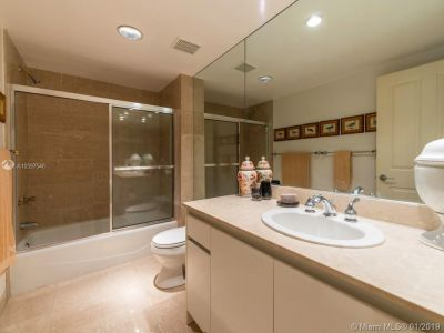 2127 Brickell Ave #1402 photo019