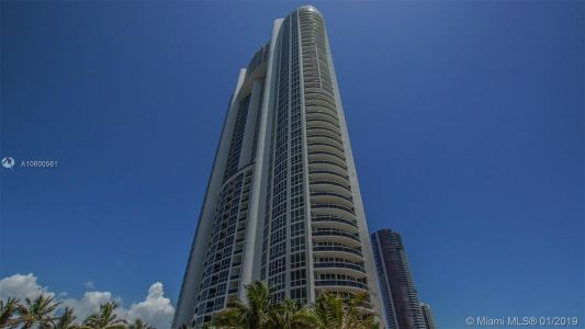 18201 Collins Ave #5204 photo028