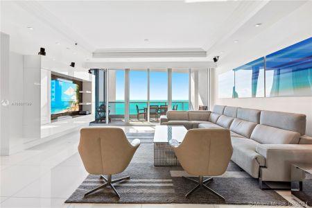 Bath Club #1104 - 5959 Collins Ave #1104, Miami Beach, FL 33140