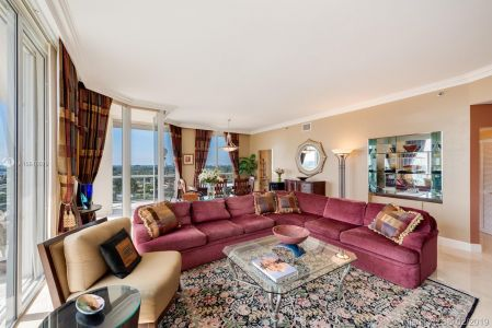 8925 Collins Ave #11G photo04