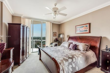 8925 Collins Ave #11G photo08