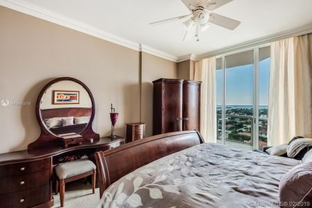 8925 Collins Ave #11G photo09