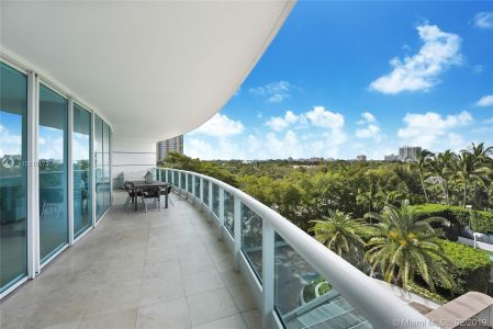 2127 Brickell Ave #806 photo02