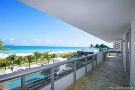 5801 Collins Ave #500 photo020