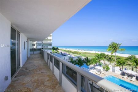 5801 Collins Ave #500 photo022