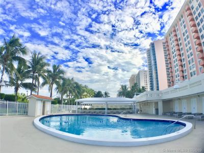 2899 Collins Ave #610 photo016