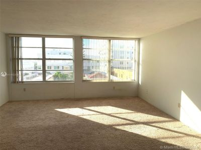 2899 Collins Ave #610 photo019