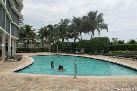 6515 Collins Ave #1108 photo04