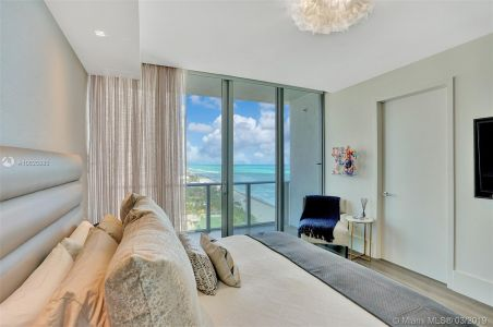 17475 Collins Ave #1001 photo02