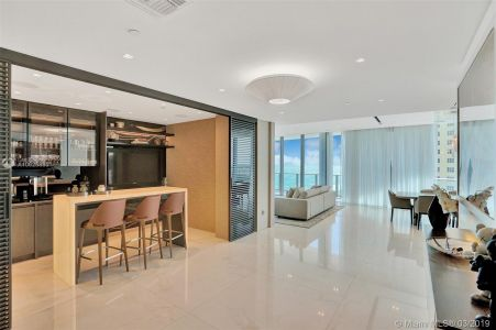 17475 Collins Ave #1001 photo020