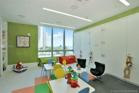 17475 Collins Ave #1001 photo043