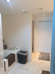 17121 COLLINS AVE #2706 photo020