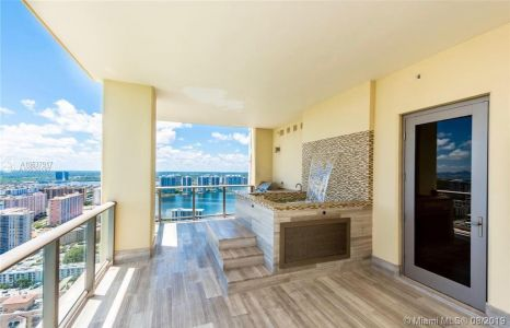 17749 Collins Ave #3602 photo010