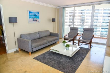 5161 Collins Ave #901 photo05