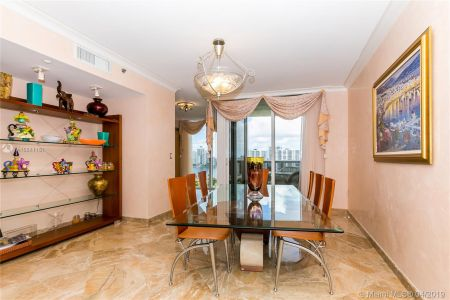 18911 Collins Ave #2204 photo08