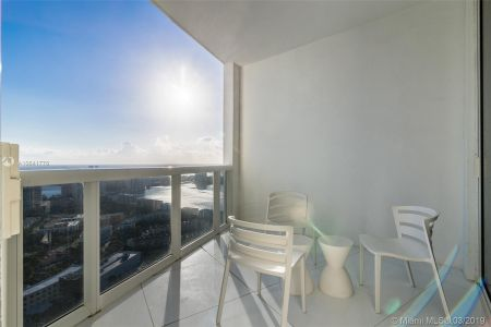 18201 Collins Ave #5508 photo011