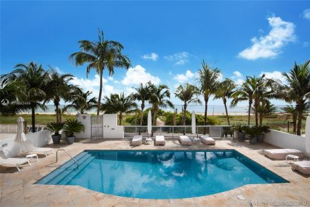 5801 Collins Ave #700 photo010