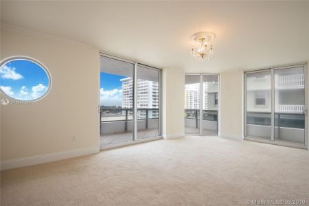 5801 Collins Ave #700 photo021