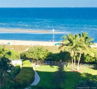 155 Ocean Lane Dr #403 photo05
