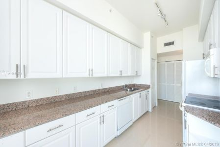 1155 Brickell Bay Dr #PH202 photo04