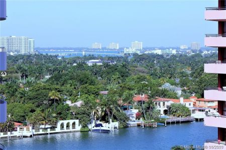 5161 Collins Ave #1410 photo02