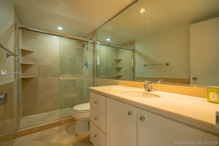 5151 Collins Ave #524 photo022