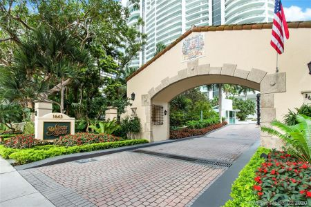 1643 Brickell Ave #2101 photo017