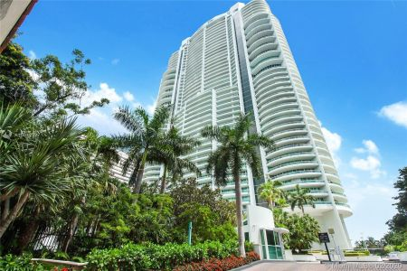 1643 Brickell Ave #2101 photo018